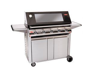 BeefEater Signature 3000E 5 Burner BBQ