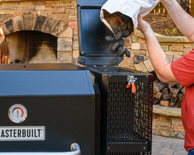 Masterbuilt Gravity Series 800 Digital Charcoal Grill + Smoker, , hi-res image number null